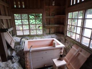 ヒノキ風呂.JPG