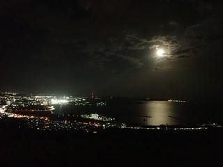 夜景と満月と海 (採用).JPG