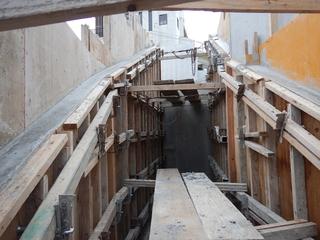 階段後打ちコン.jpg