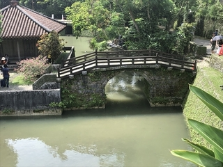 首里城の天女橋(日本で3番目に古い石橋)_R.JPG